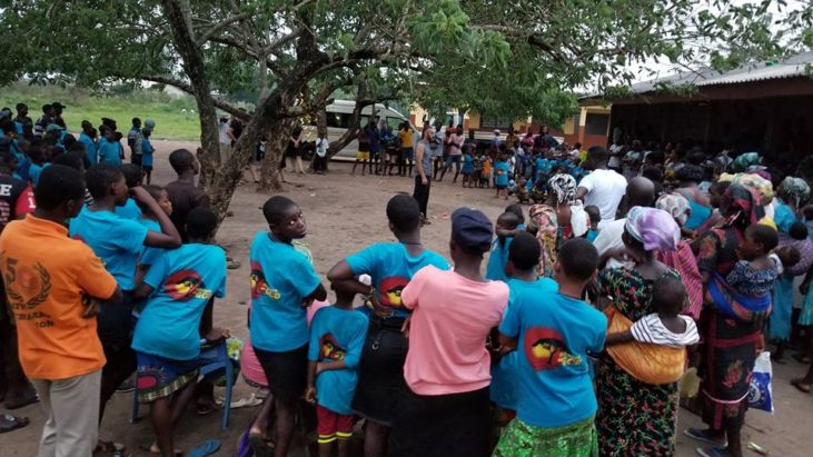 Последний день служения среди детей народа Эви…