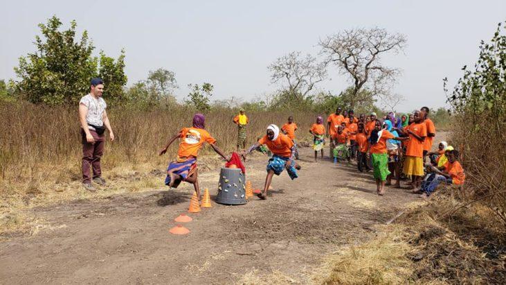 Второй день, второго лагеря пришло более 170 детишек.